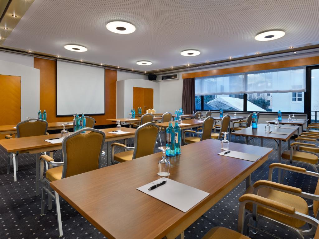 Hotel Savigny Frankfurt City