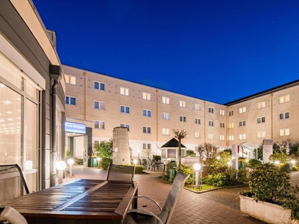 Amedia Hotel & Suites Frankfurt Airport #1