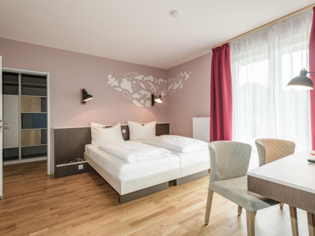 JUFA Hotel Königswinter/Bonn***S
