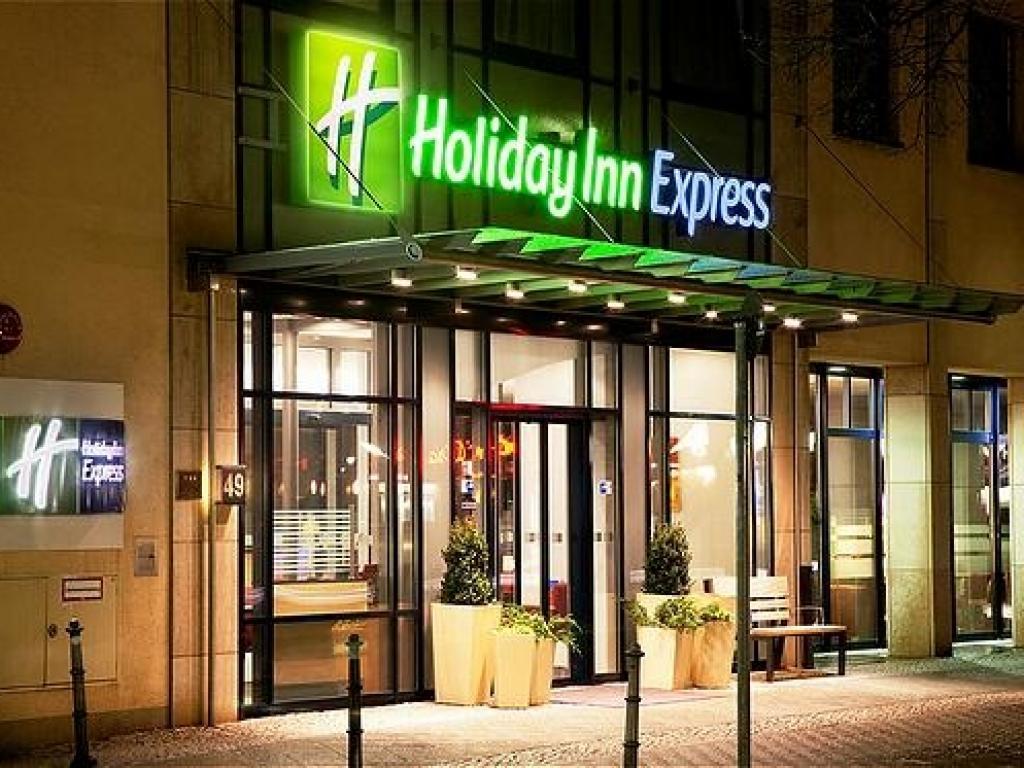 Holiday Inn Express Berlin City Centre #1