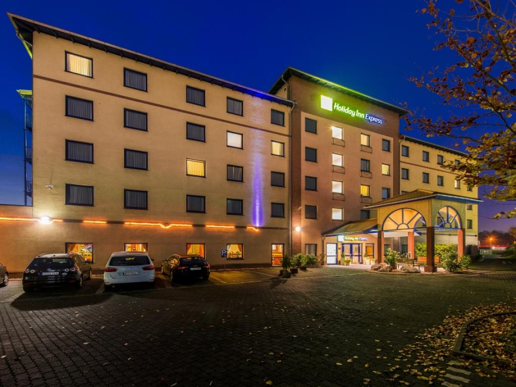 Holiday Inn Express Köln-Troisdorf - Garni