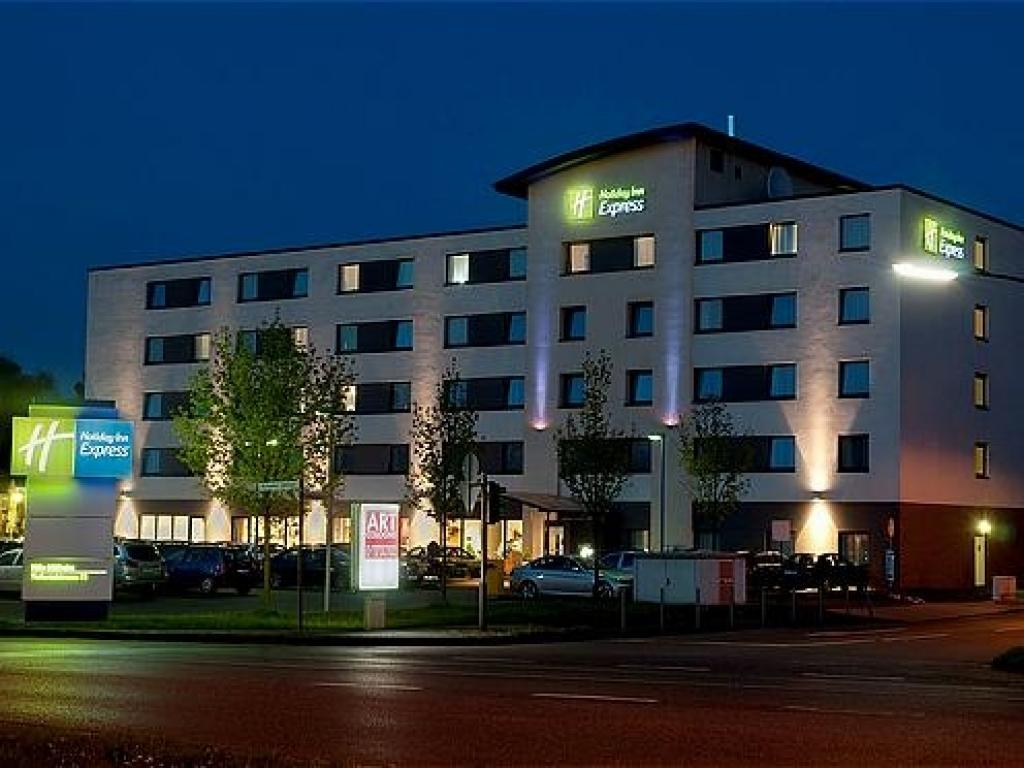 Holiday Inn Express Köln-Mülheim