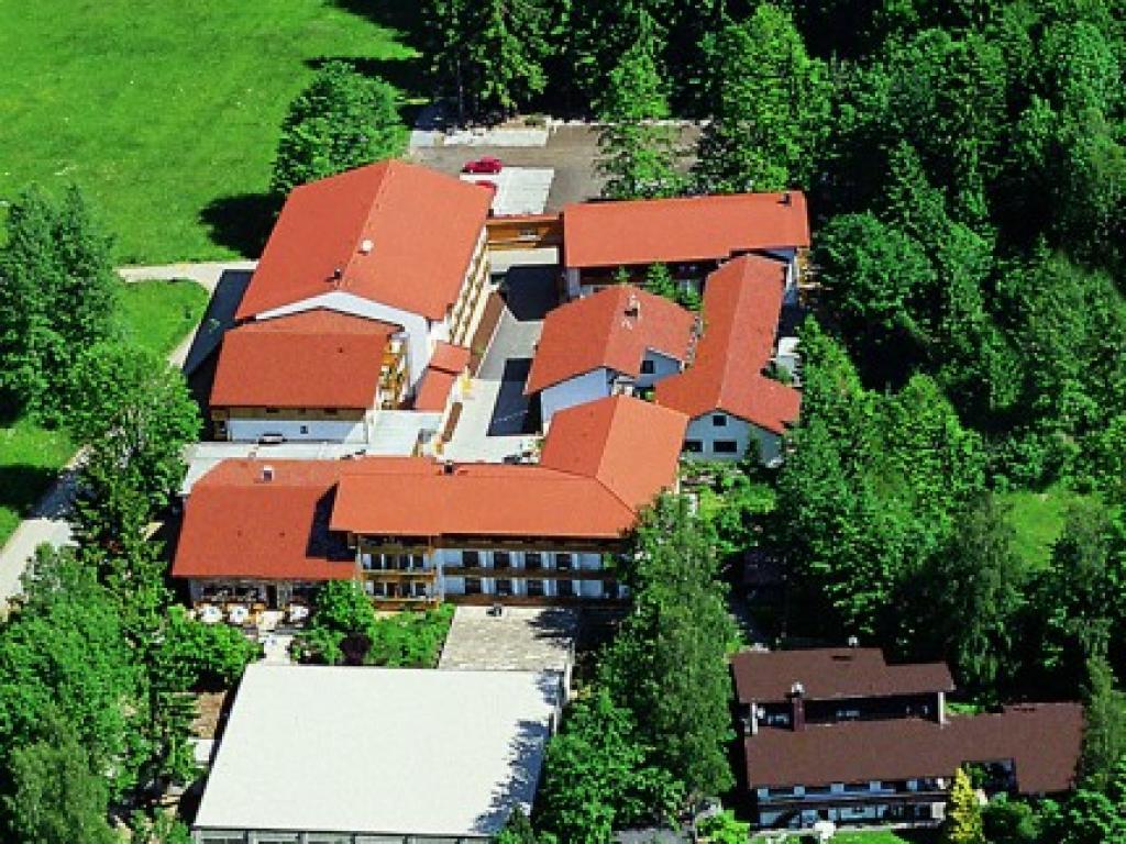 Landhotel Tannenhof***S #1