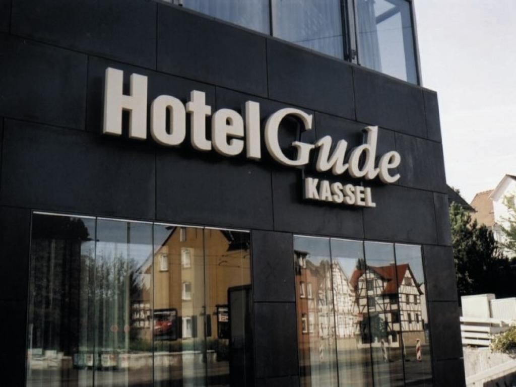 Hotel Gude KG
