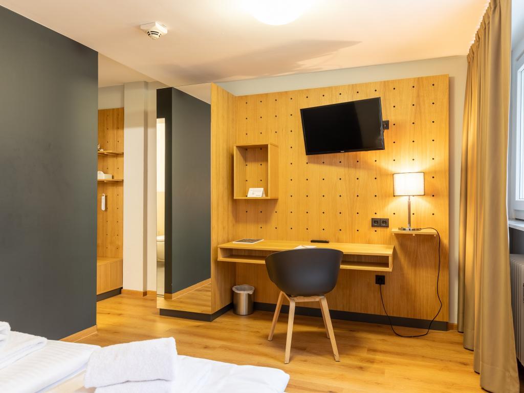 mk   hotel frankfurt #1