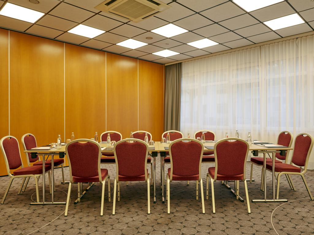 H+ Hotel Darmstadt