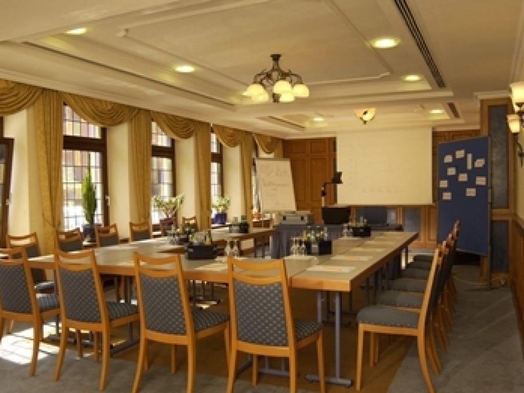 Hotel Strauss #4