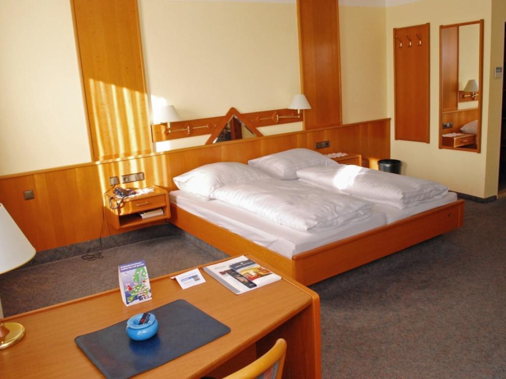 Hotel Strauss #5