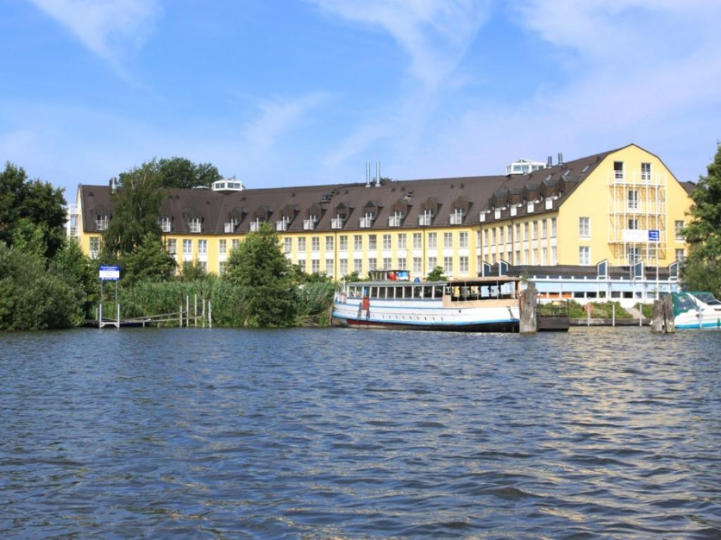 GreenLine Seehotel Zeuthen- geschlossen bis April'21 #1