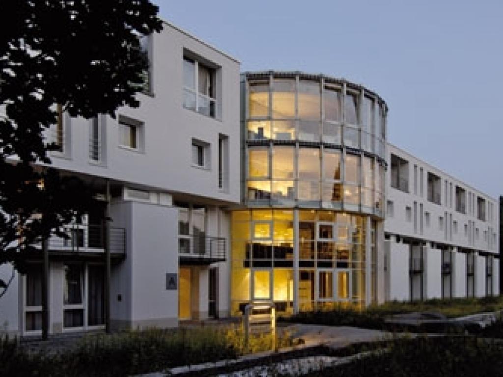 Commundo Tagungshotel Neuss- schließt zum 01.07.2018