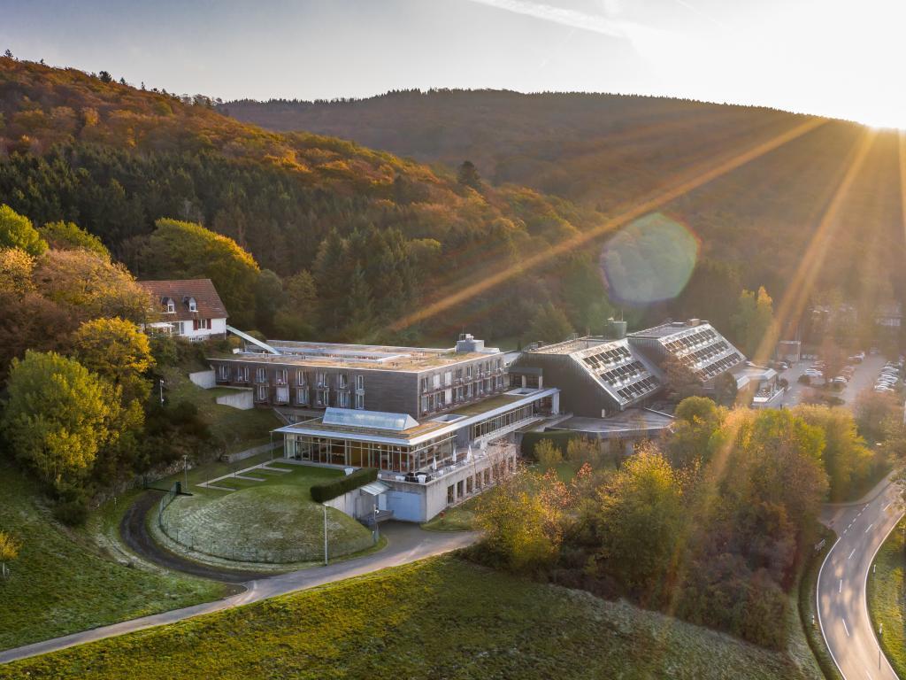 Collegium Glashütten - Zentrum für Kommunikation GmbH #1