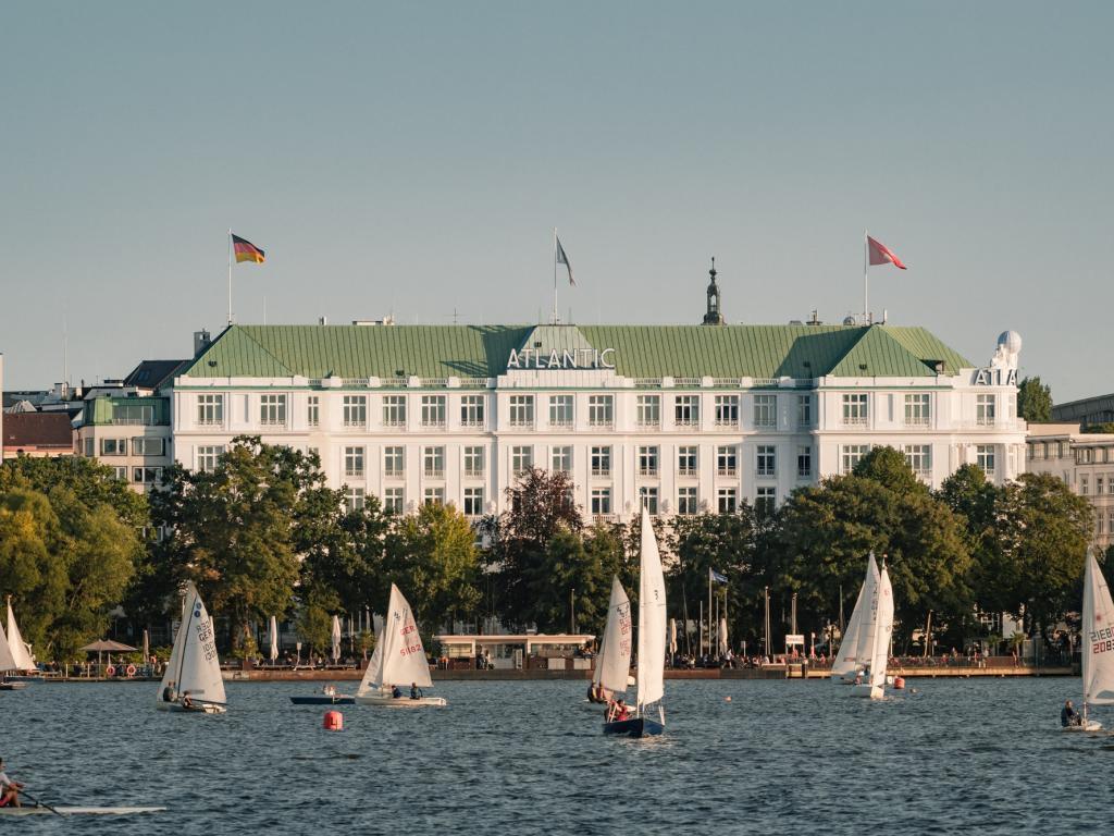 Hotel Atlantic Hamburg, Autograph Collection #1