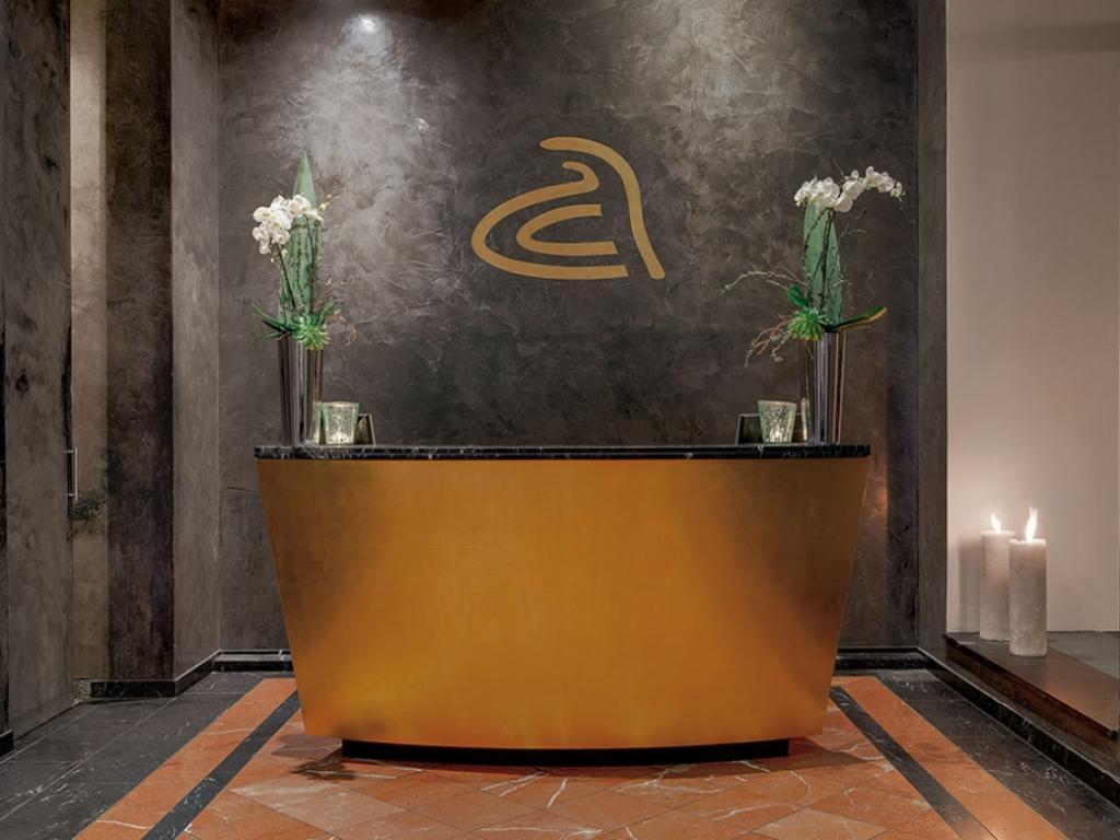 anna hotel #1