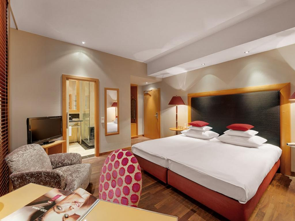 anna hotel #4