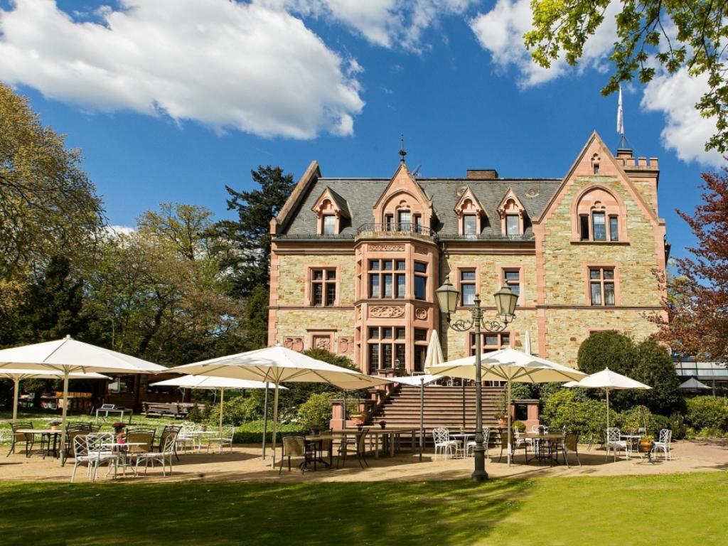 Romantik Hotel Schloss Rettershof #1