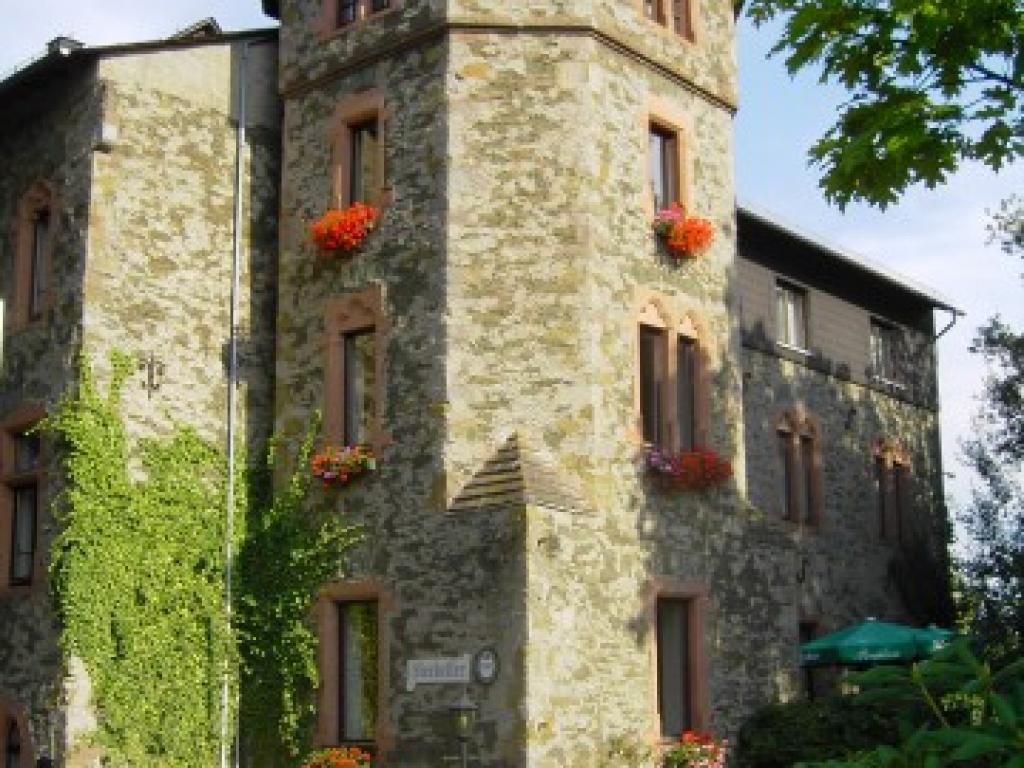 Schloss-Hotel Braunfels #1