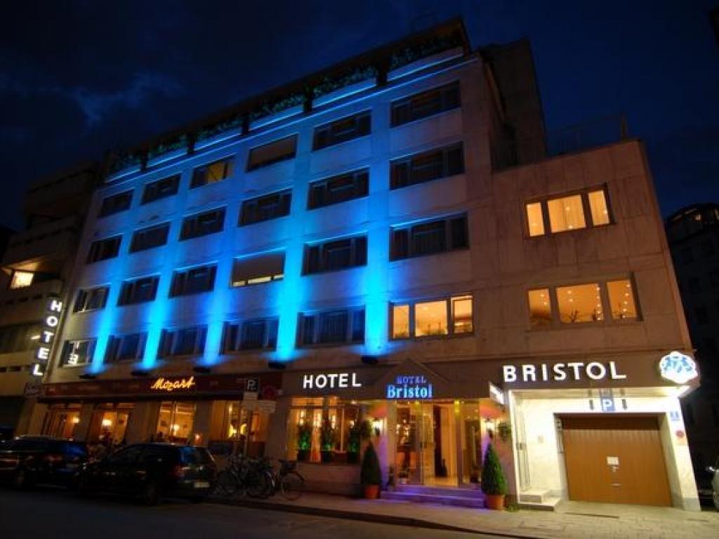 Centro Hotel Mondial #1