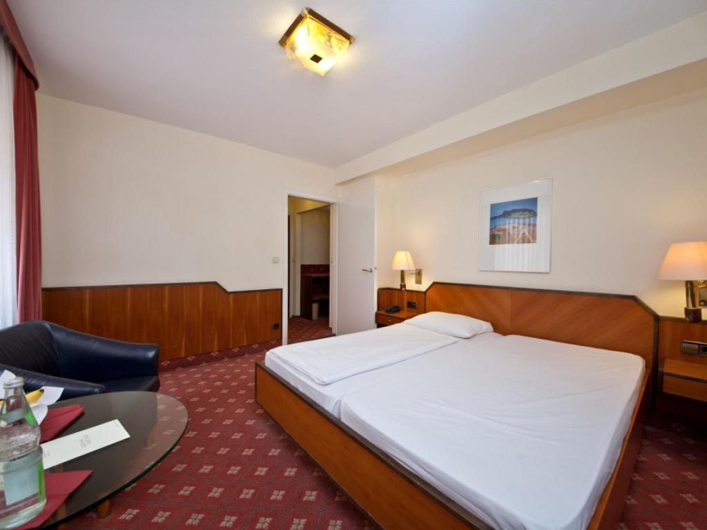 Novum Hotel Rieker Stuttgart #3