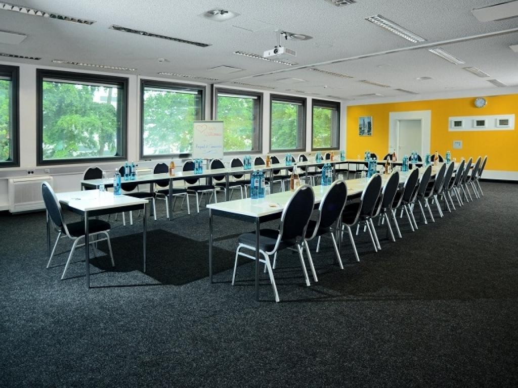 Airport- & Seminarhotel Neu-Isenburg