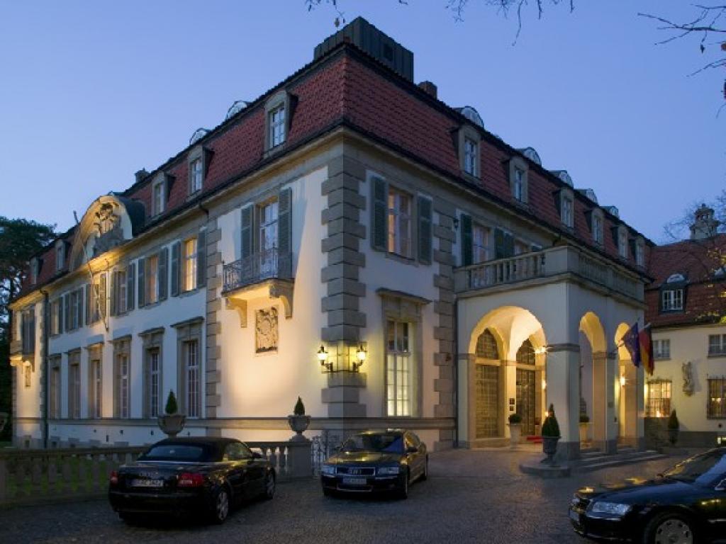 Alma Schlosshotel im Grunewald #1