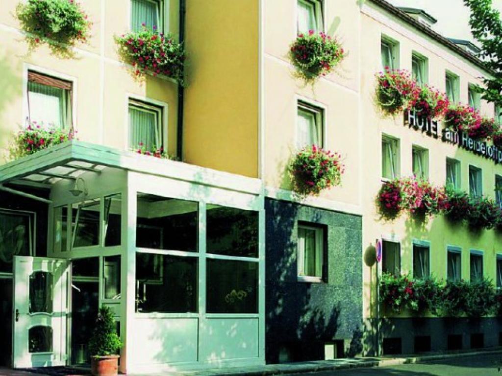 Hotel Am Heideloffplatz KG