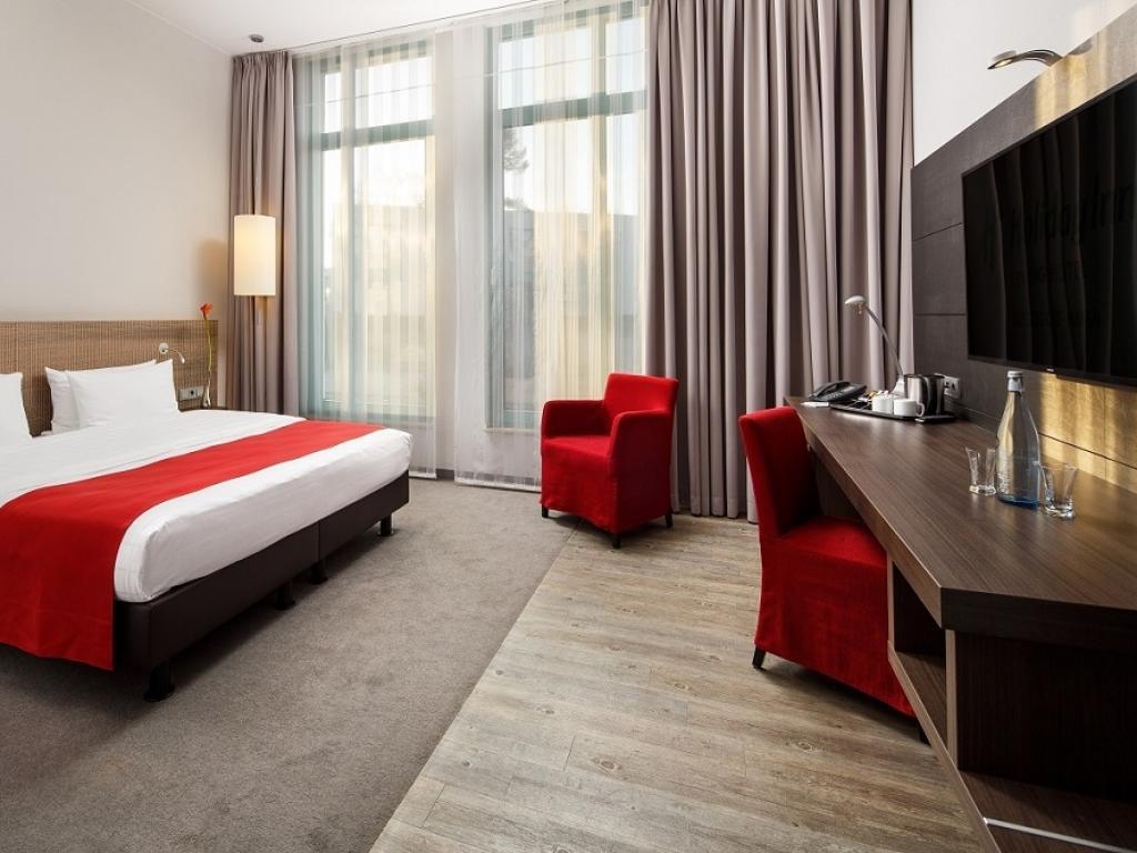 Holiday Inn Düsseldorf-Hafen #4