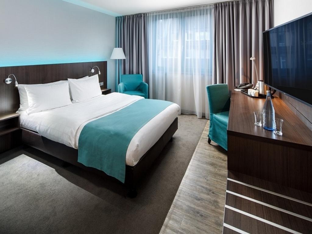 Holiday Inn Düsseldorf-Hafen #3