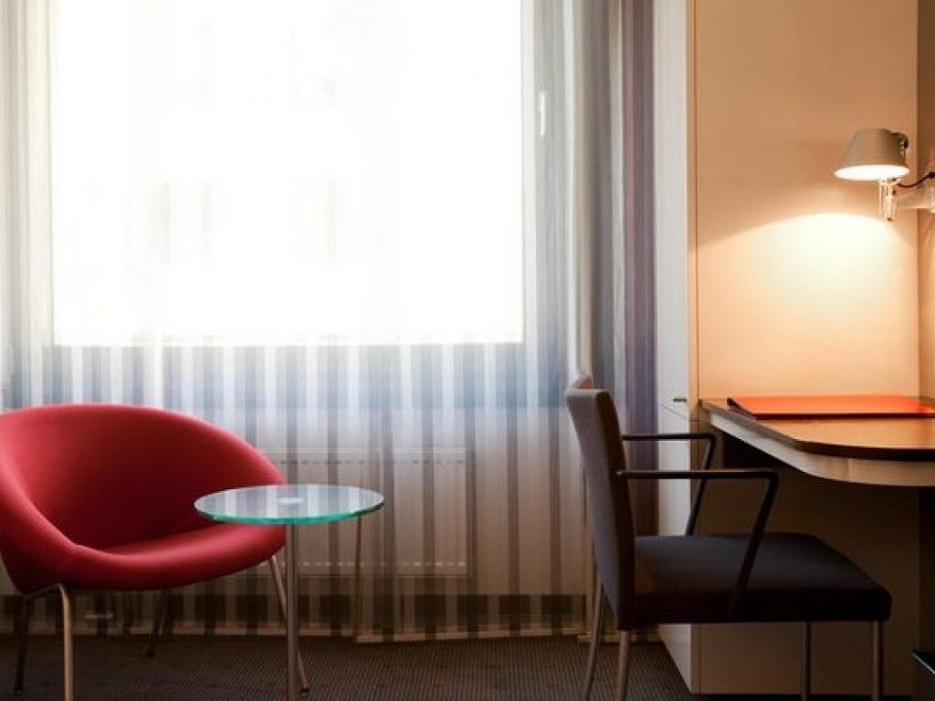 Vienna House Easy Mo. Hotel