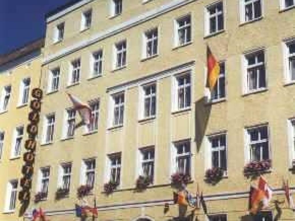 Gold Hotel am Wismarplatz #1