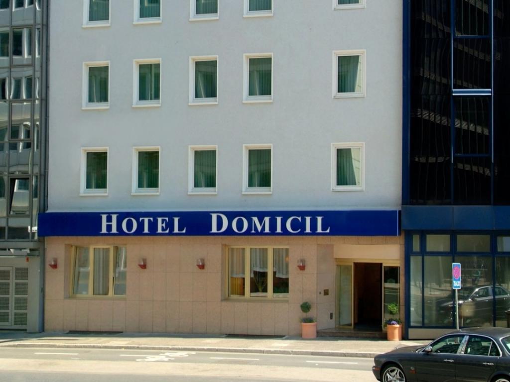 Favored Hotel Domicil #1