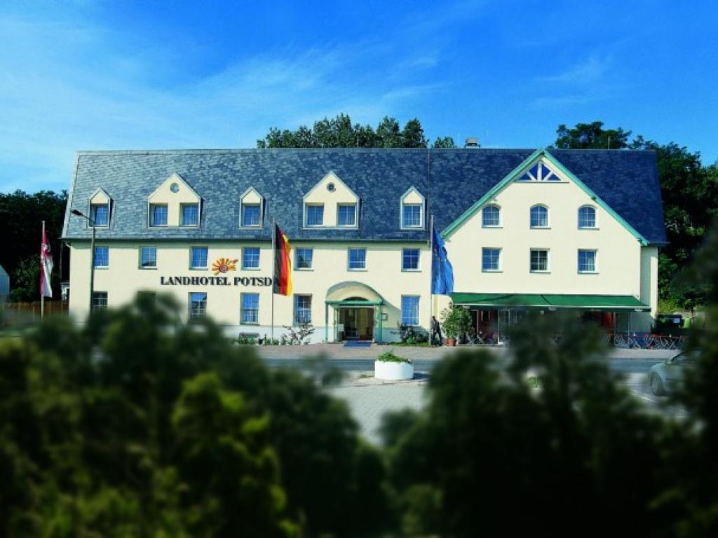 Landhotel Potsdam #1