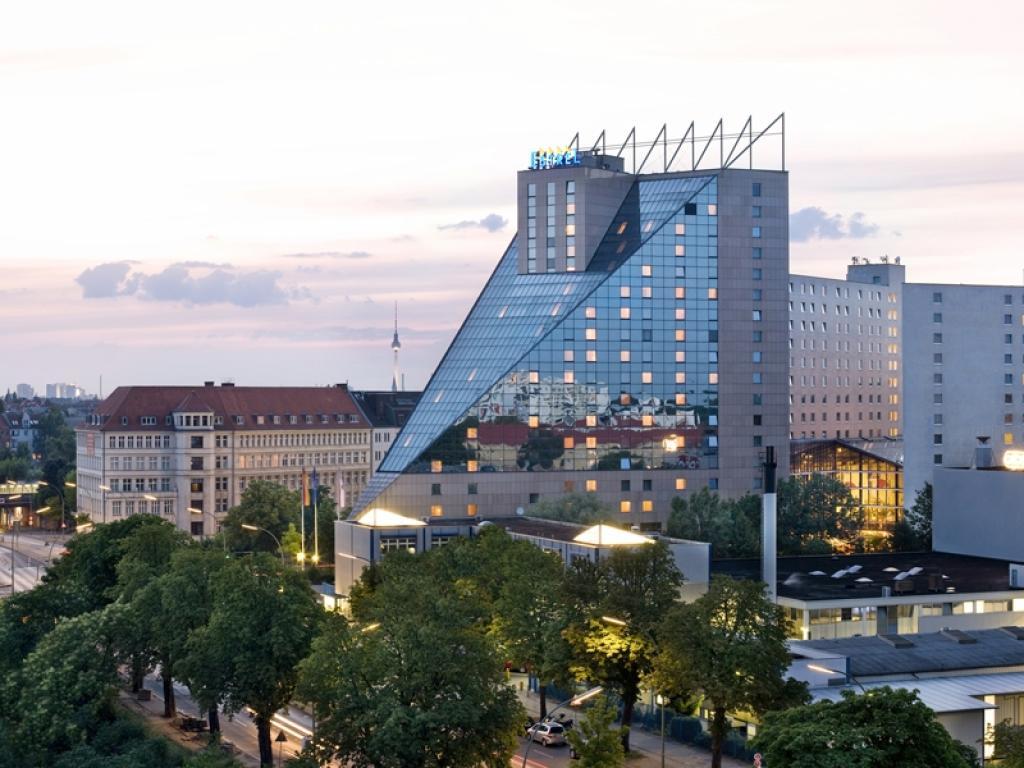 Estrel Berlin #1