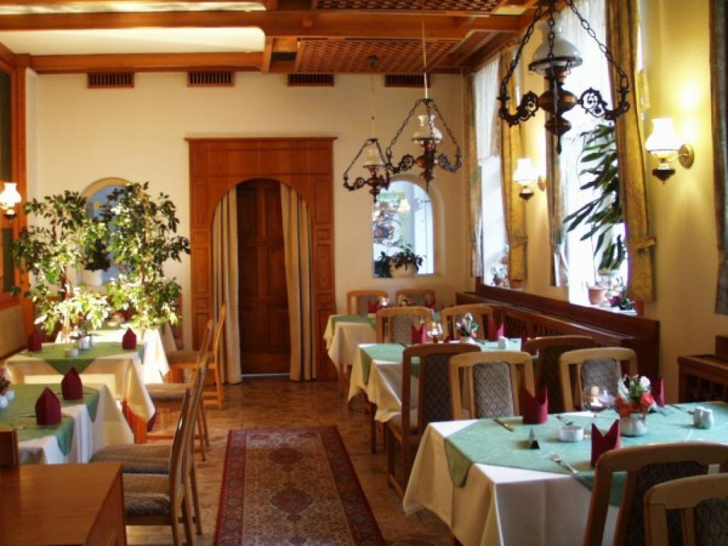 Hotel&RestaurantSächsischer Hof OHG