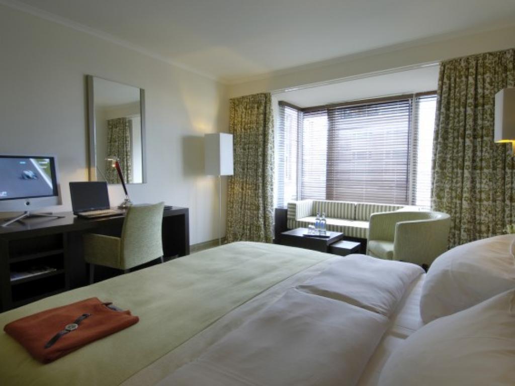 Radisson Blu Senator Hotel